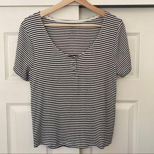 AEO Soft & Sexy Top Black & White Stripes XL